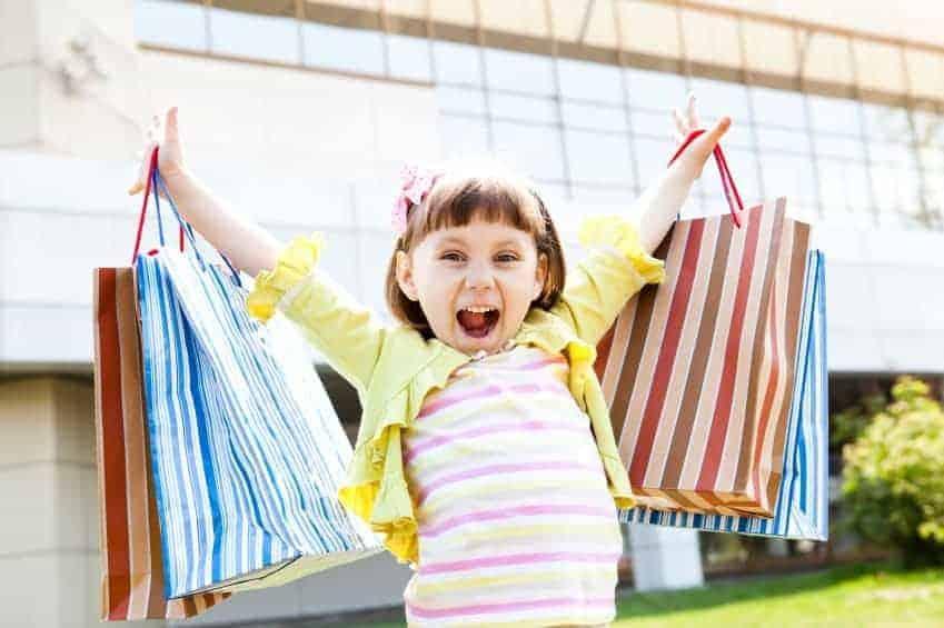 Kinh nghiệm mua quần áo trẻ em